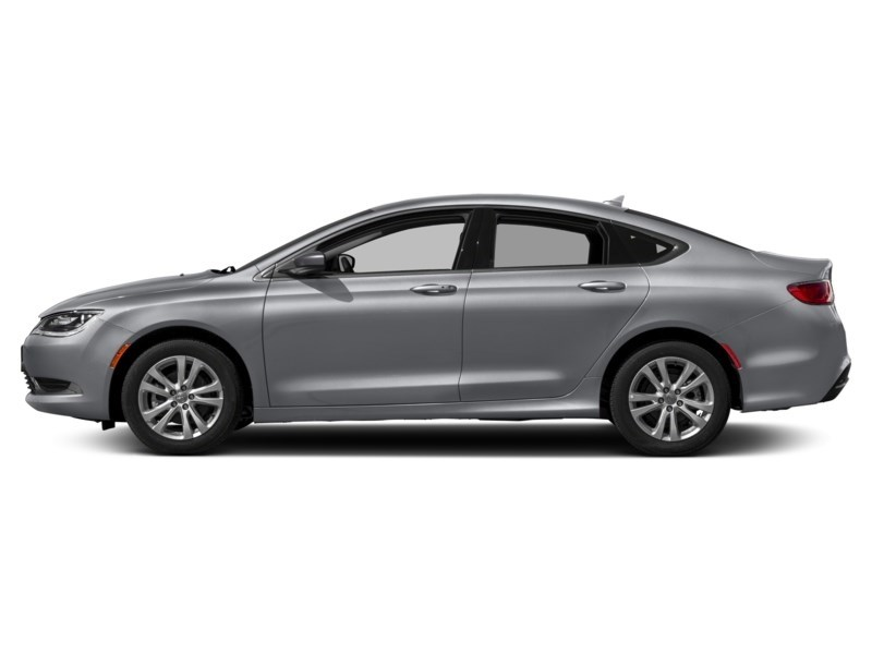 2016 Chrysler 200 Limited | Rear Camera, Heated Seats & Steering Exterior Shot 7