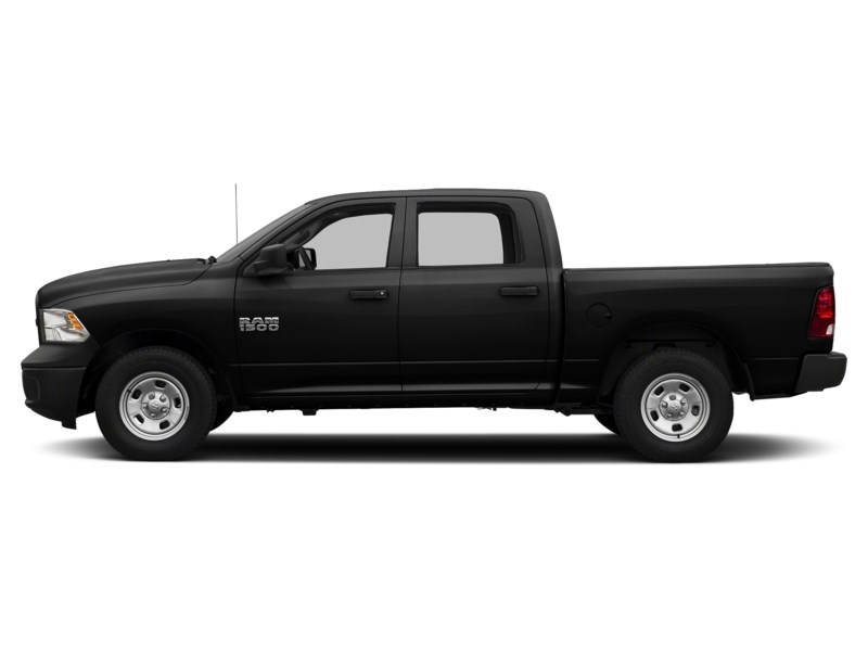 2017 RAM 1500 SXT 4X4 Crew | Cruise, Alloy Wheels, Hitch Brilliant Black Crystal Pearl  Shot 9